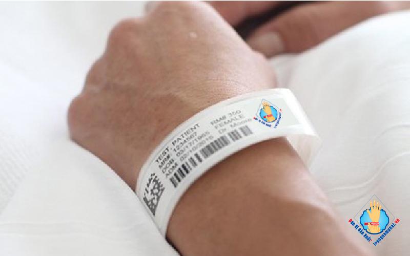 Vòng tay giấy bệnh viện Trung Nam Phat