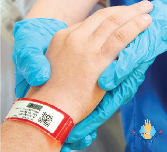 vòng tay y tế trong bệnh viện